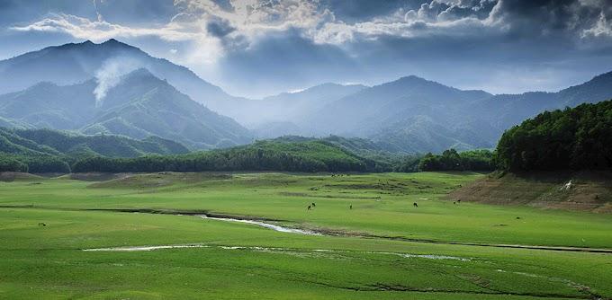 Hồ Hòa Trung - Địa điểm chụp ảnh cực deep cho các tín đồ sống ảo