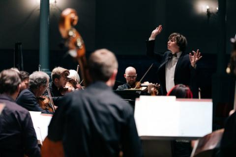 Maxim Emelyanychev & the Scottish Chamber Orchestra (Photo Ryan Buchanan)