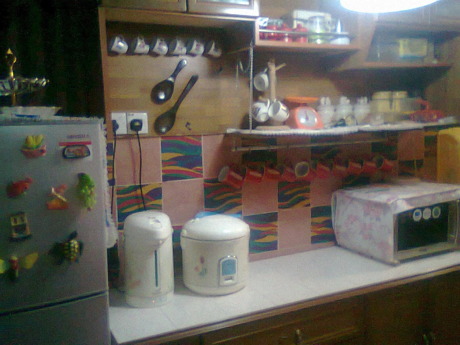Ruang Dapur Yang Di Bina Secara Bulid In Tanpa Memjejaskan Dinding Asal