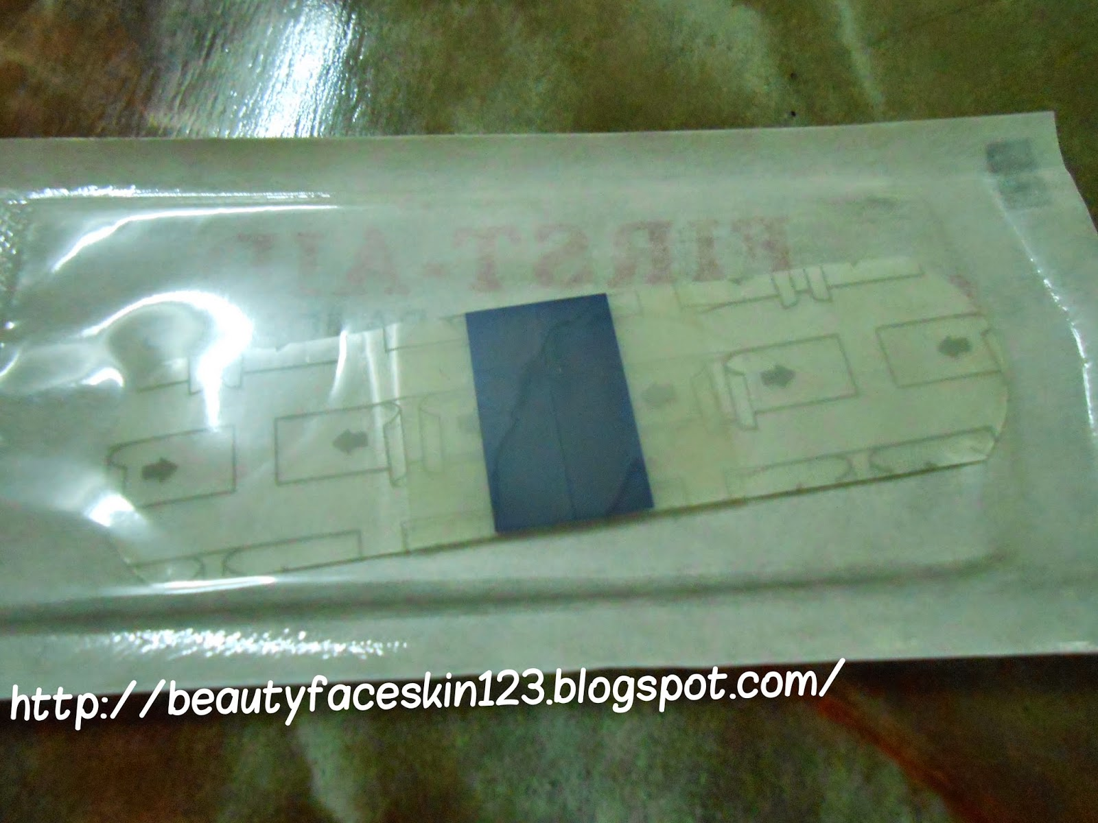 HYDROCOLLOID DRESSING