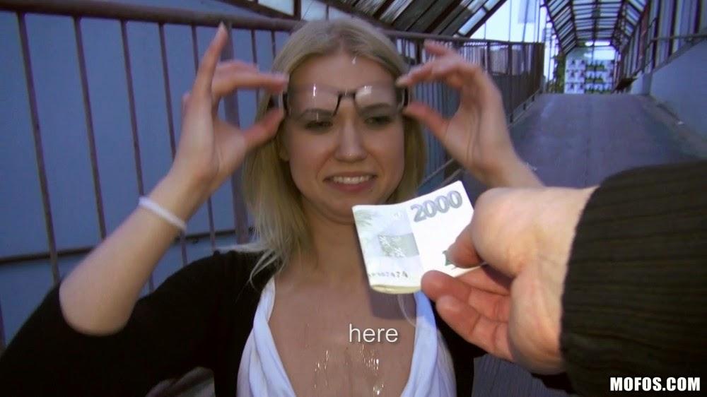 Девки за деньги видео фото 801-559