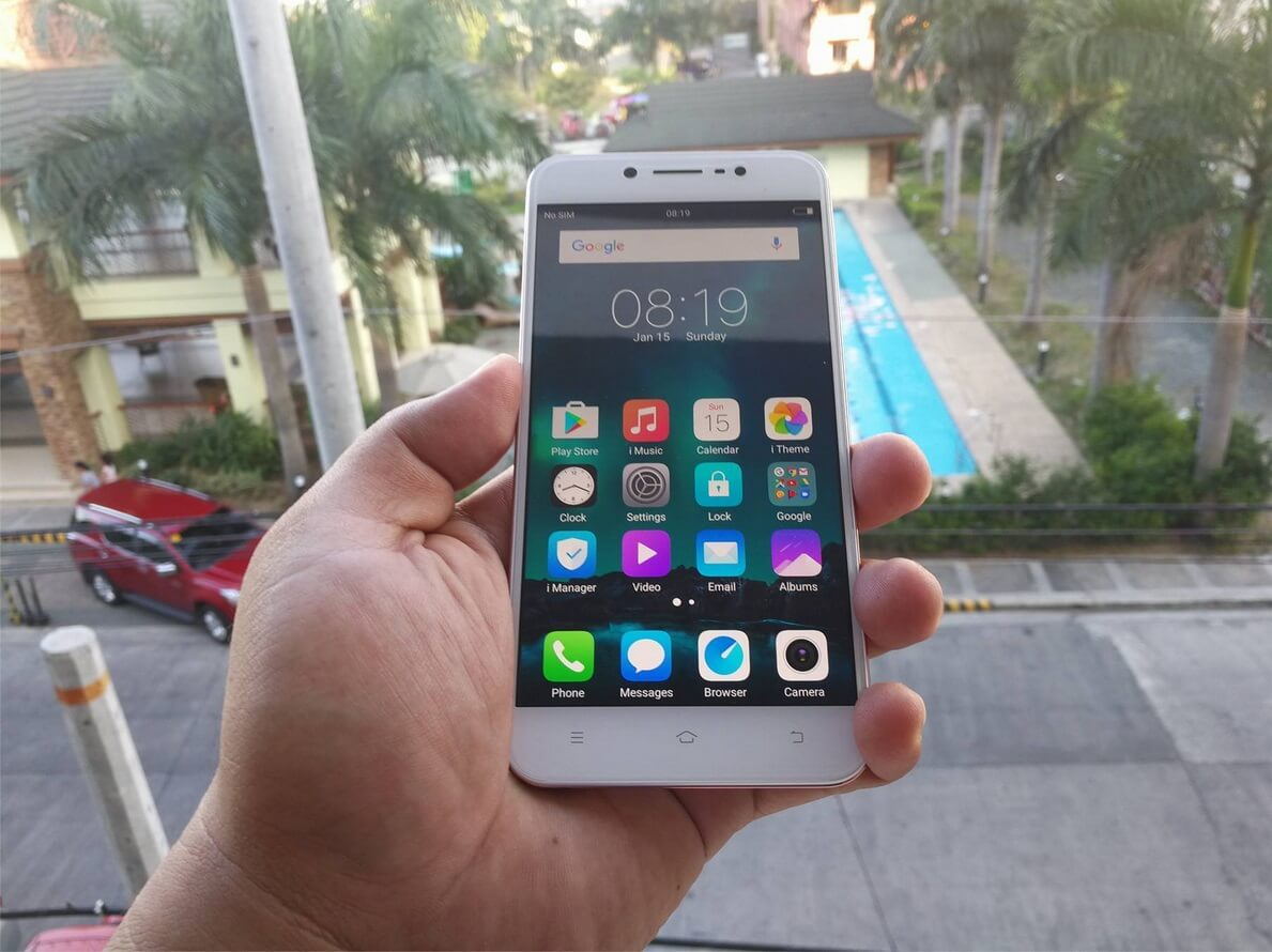 Front of Vivo V5 Lite