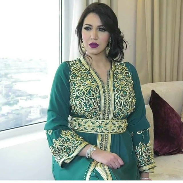 caftan 2018 catalogue takchita haute couture hiver caftan marocain paris boutique vente. Black Bedroom Furniture Sets. Home Design Ideas