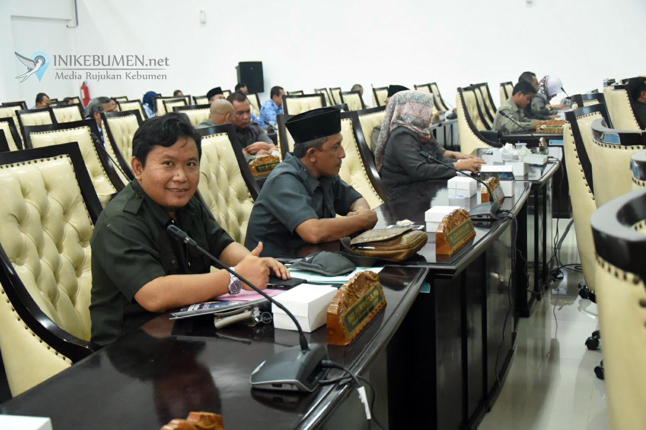 DPRD Kebumen Minta Penataan PKL Harus Dilakukan Hati-hati