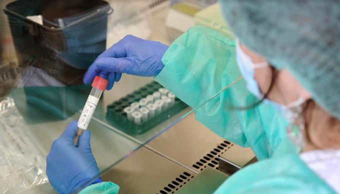 Coronavirus, Italia: 223 nuovi casi, il 51,5% in Lombardia