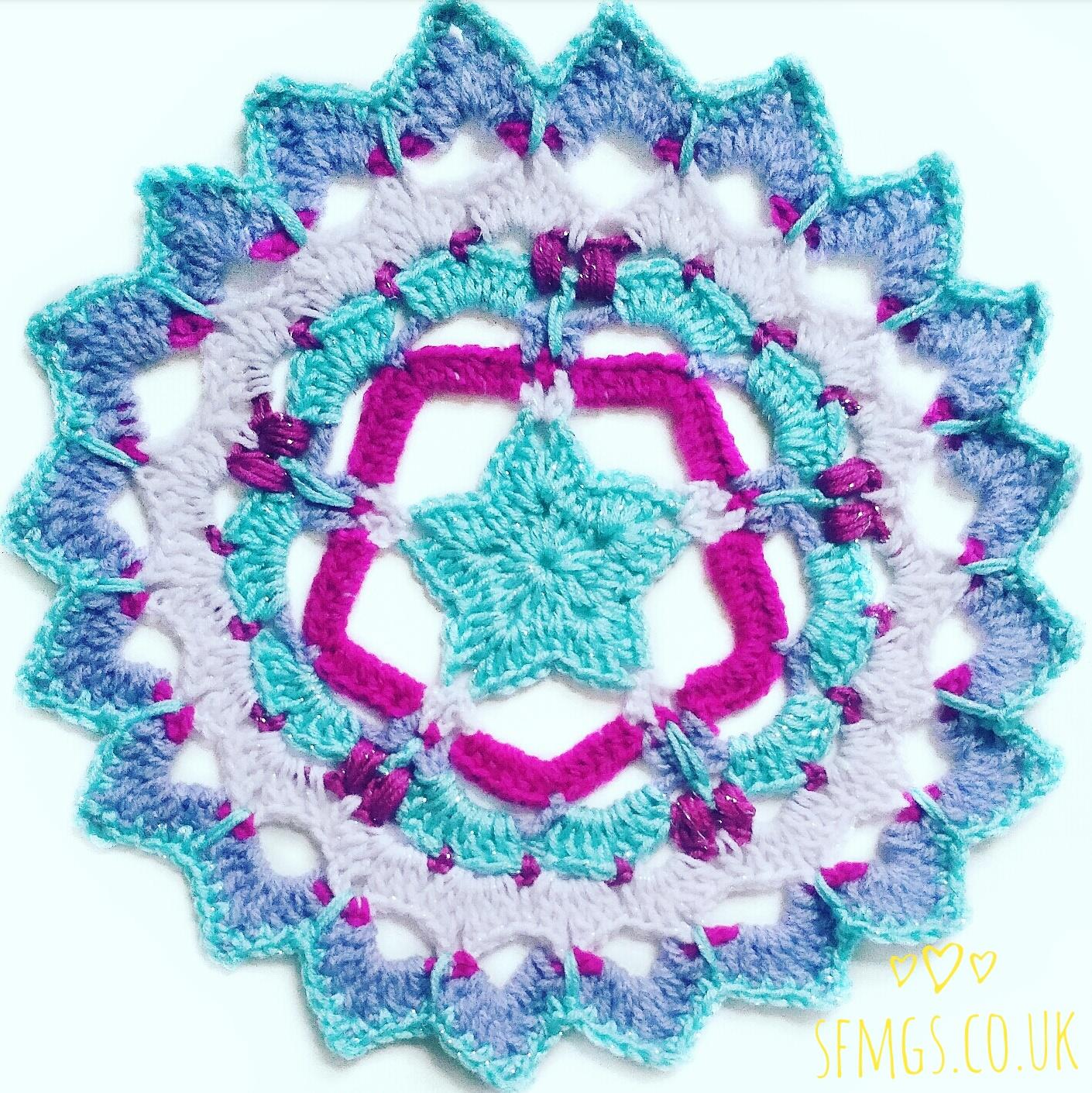 set free my gypsy soul a crochet craft blog festive sparkle star mandala free crochet pattern. Black Bedroom Furniture Sets. Home Design Ideas