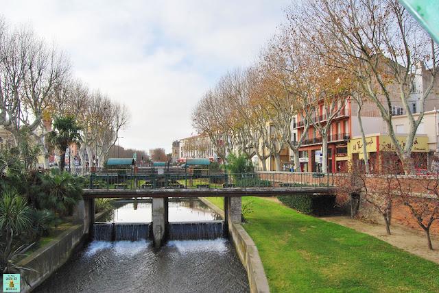Canal de la Basse en Perpignan, Francia