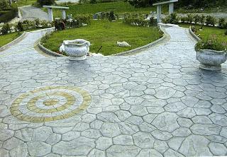 Jardines: pavimentación con hormigón impreso