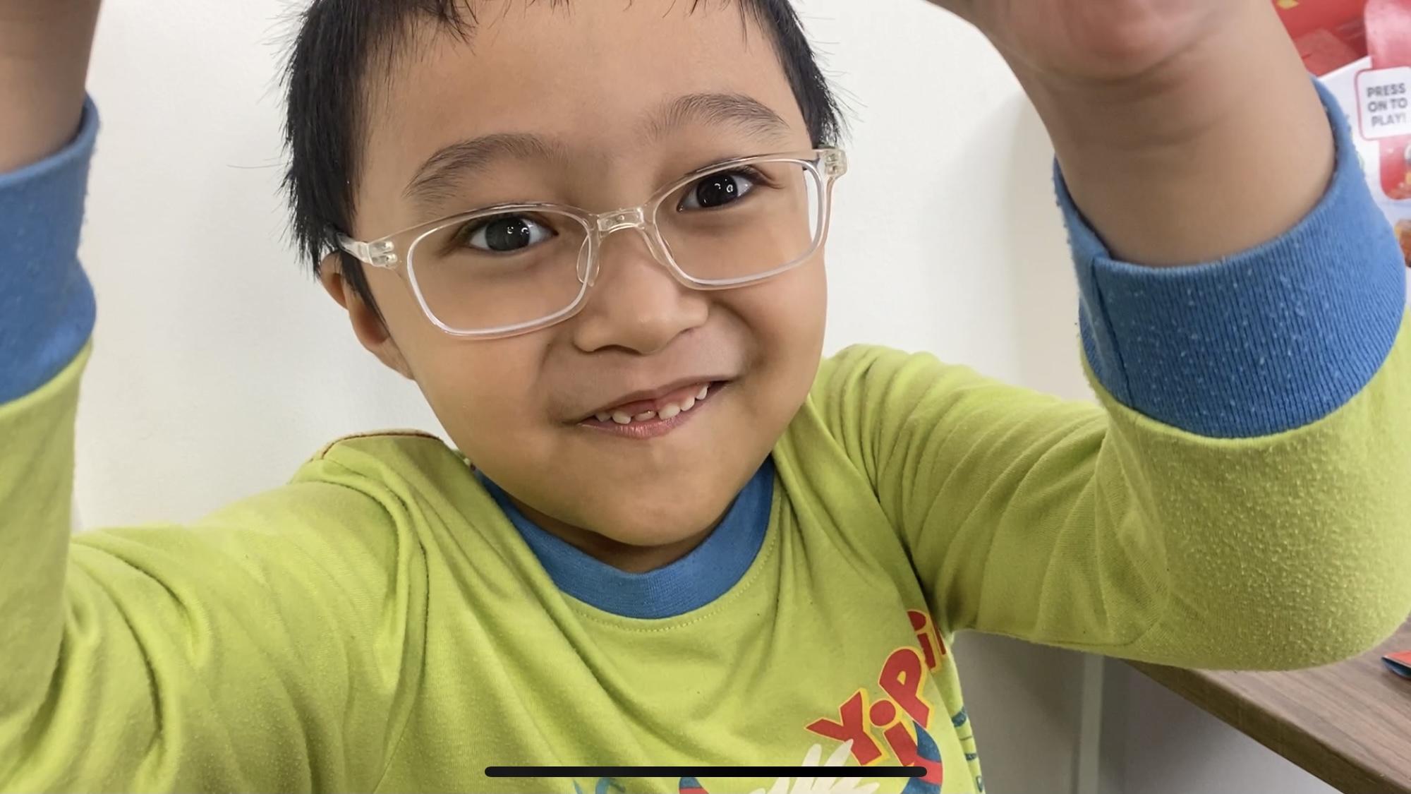 pengalaman ke dokter mata anak