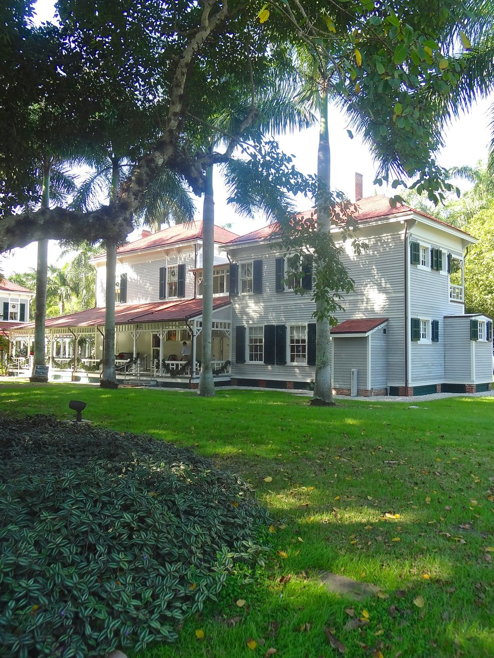 Scrumpdillyicious: The Edison and Ford Winter Estates in Fort Myers