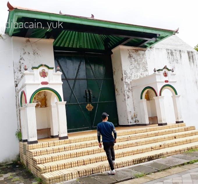 Melihat Keindahan Istana Raja, Keraton Ngayogyakarta Hadiningrat