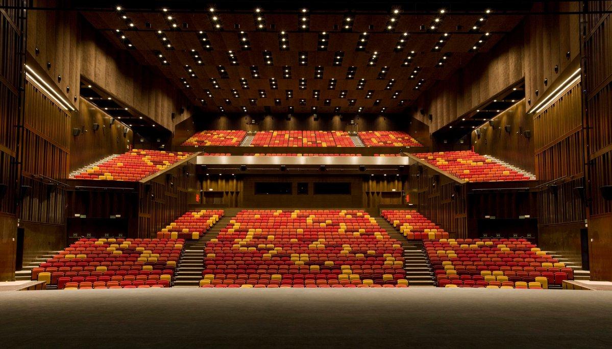 Cultura de sevilla la cartuja referente cultural de la for Sala 0 teatro sevilla