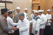 Kapolrestabes Medan Sholat Subuh Berjamaah di Masjid Nurul Ikhwan