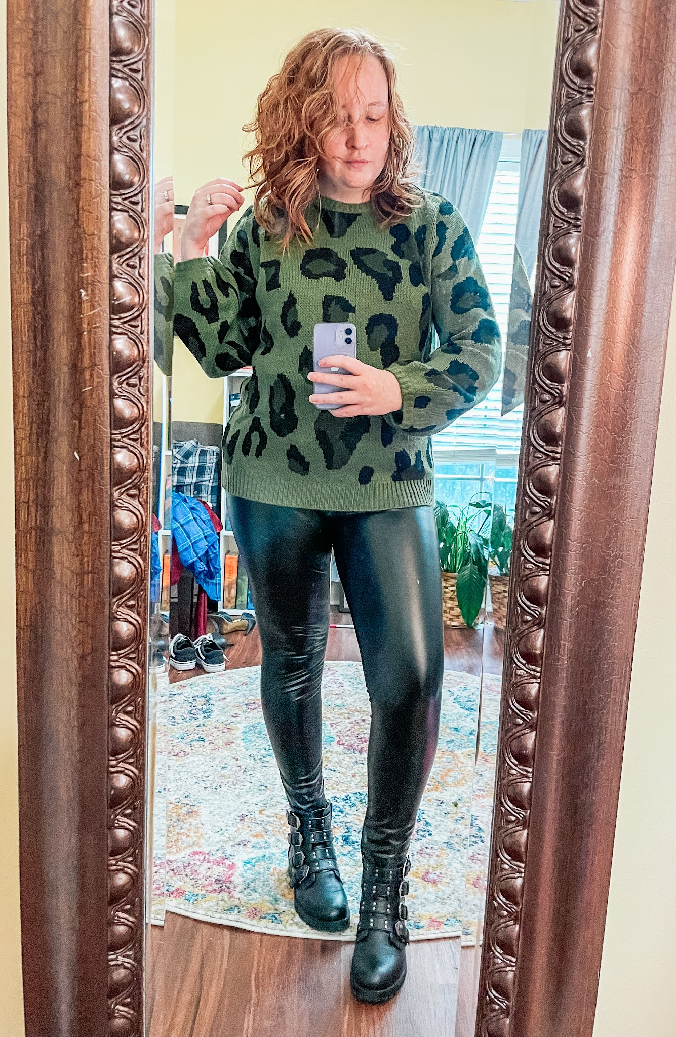 leather-leggings-slouchy-sweater-motorcycle-boots