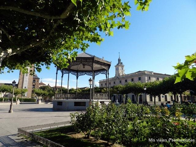 Alcalá de Henares, ciudad universitaria y cuna de Cervantes