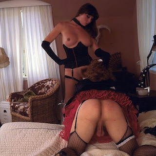 shemale french maid