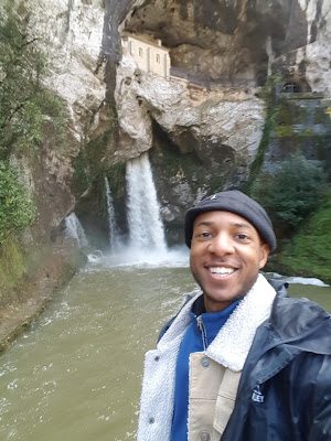 Santa Cueva and the waterfall below