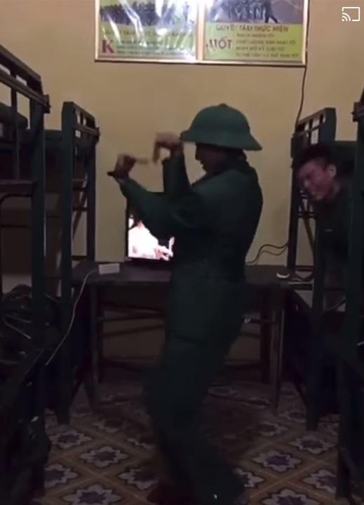 Bài chào phòng cơ bản của lính mới =)))