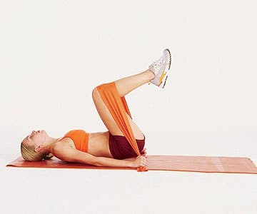 Reverse Crunch with elastic bands