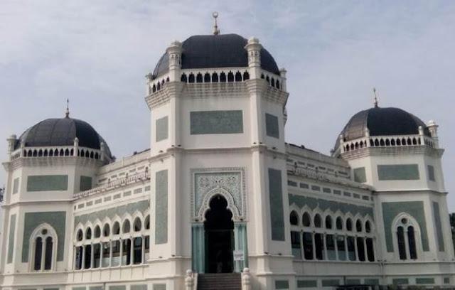 MUI Medan: Tetap Salat Jumat di Masjid
