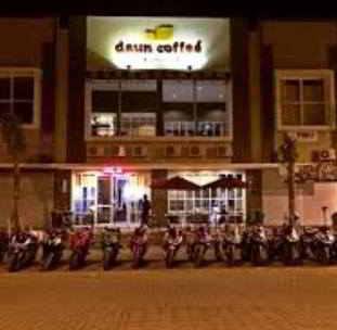 Lowongan Kerja Waitress di Daun Coffee Makassar
