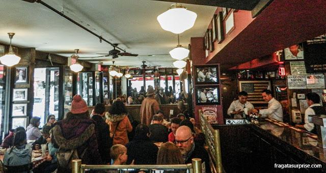 Lombardi's, a pizzaria mais antiga de Nova York