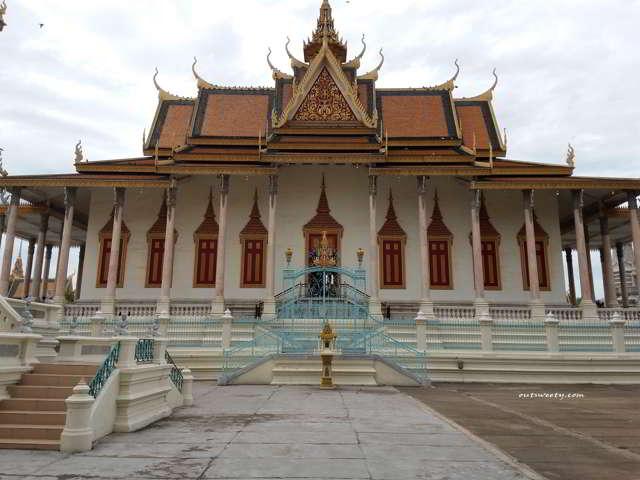 Itinerary Solo Traveling 9D8N di Kamboja Vietnam dan Malaysia Beserta Rincian Biayanya