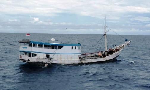 978 Kayu Merbau Illegal, Diamankan Diperairan Selayar
