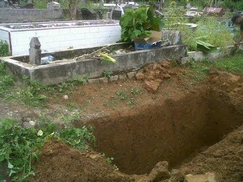 [Kisah Nyata] 32 Tahun Dikubur, Jasad Si Penghafal Al-Qur'an Utuh