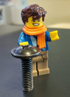 Lego escairan,  Lego tornillo