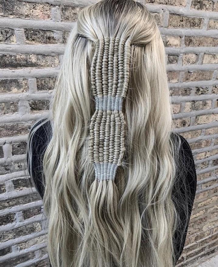 peinados con accesorios 2020 trenzas
