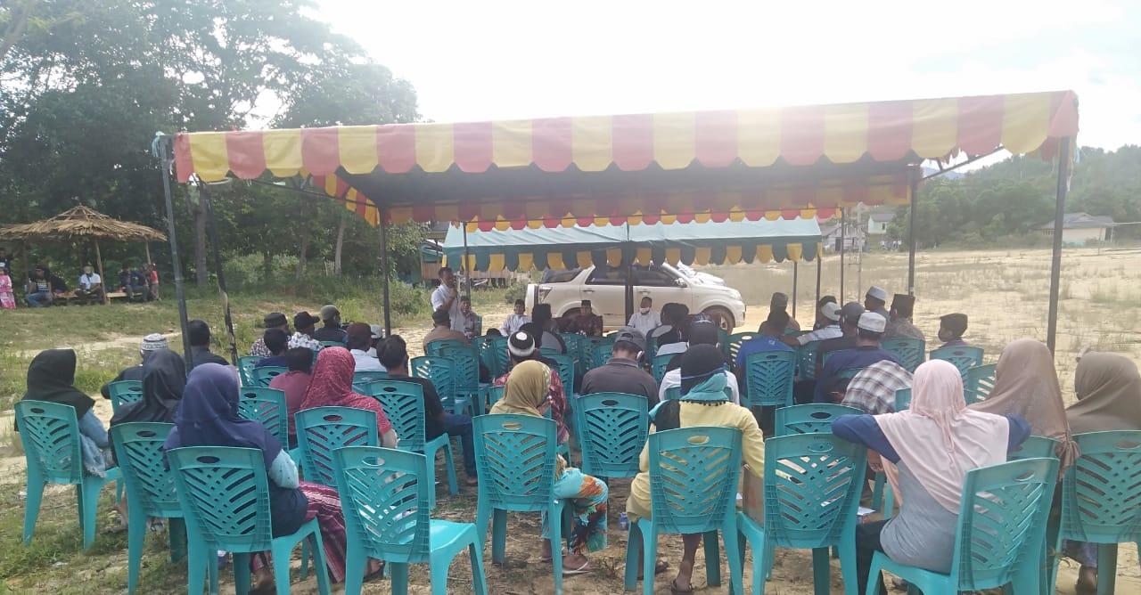 Paslon Bupati dan Wakil Bupati Nizar - Neko Disambut Antusias Pendukung dan Relawannya Warga Desa Linau