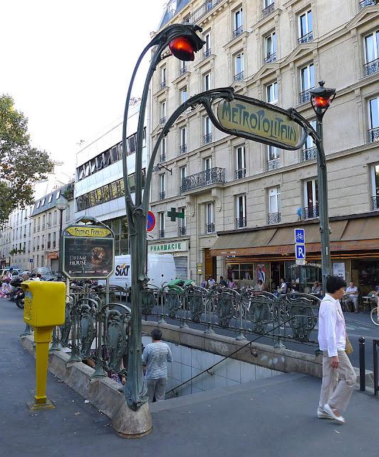 As estações de metrô mais bonitas e diferentes de Paris