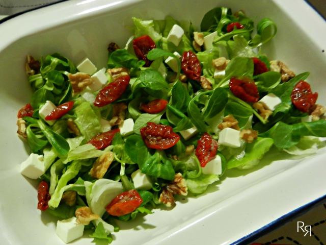 """""""Ensalada con tomates secos"""""""