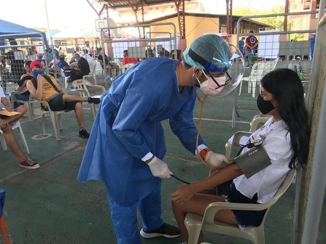 La Universidad San Francisco de Quito apoya al Gobierno de Ecuador en campaña de vacunación masiva en las Islas Galápagos