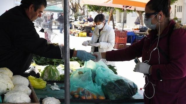 Αλλαγή στο καθεστώς περιορισμών στις λαϊκές αγορές ζητάει η Ομοσπονδία Πωλητών Λαϊκών Αγορών