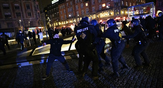Riots by Danish Anti -Lockdown against plans for covid Passports with dozens arrested