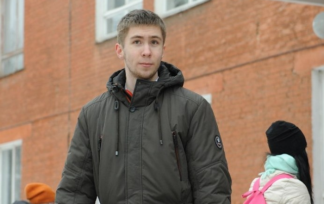 «До последнего думал, что в пакете брошенные щенки или котята». Студент спас младенца, которого в мороз выбросили в мусорку
