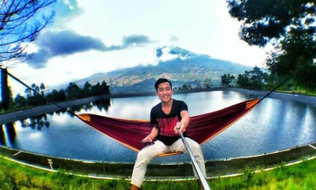spot foto hammock wisata Embung Kledung