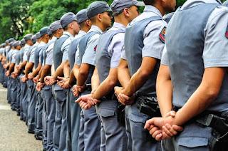 http://vnoticia.com.br/noticia/2915-pezao-autoriza-convocacao-de-aprovados-em-concurso-da-pm