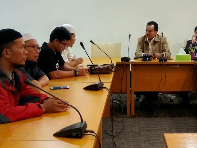 GAPAI SUMUT Datangi Gedung DPRD-SU : Jangan Kriminalisasi Ulama Kami