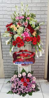bunga standing wedding sidoarjo