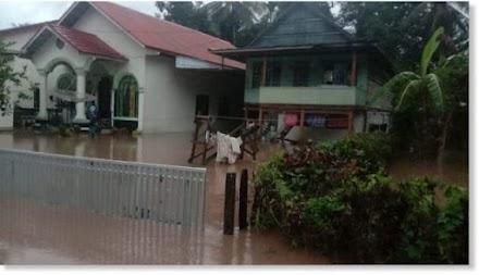 Σφοδρές πλημμύρες πλήττουν την Ινδονησία