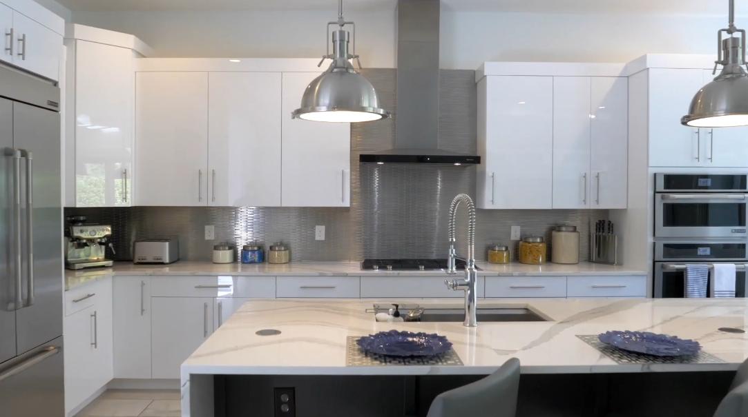 33 Interior Design Photos vs. 10414 Angel Oak Ct, Orlando, FL Luxury Home Tour