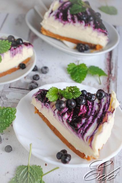 Áfonyás krémsajtos torta