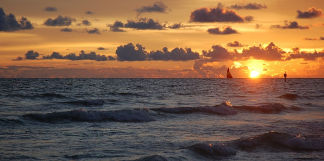 Beautiful Golden Sunset at Siesta Key