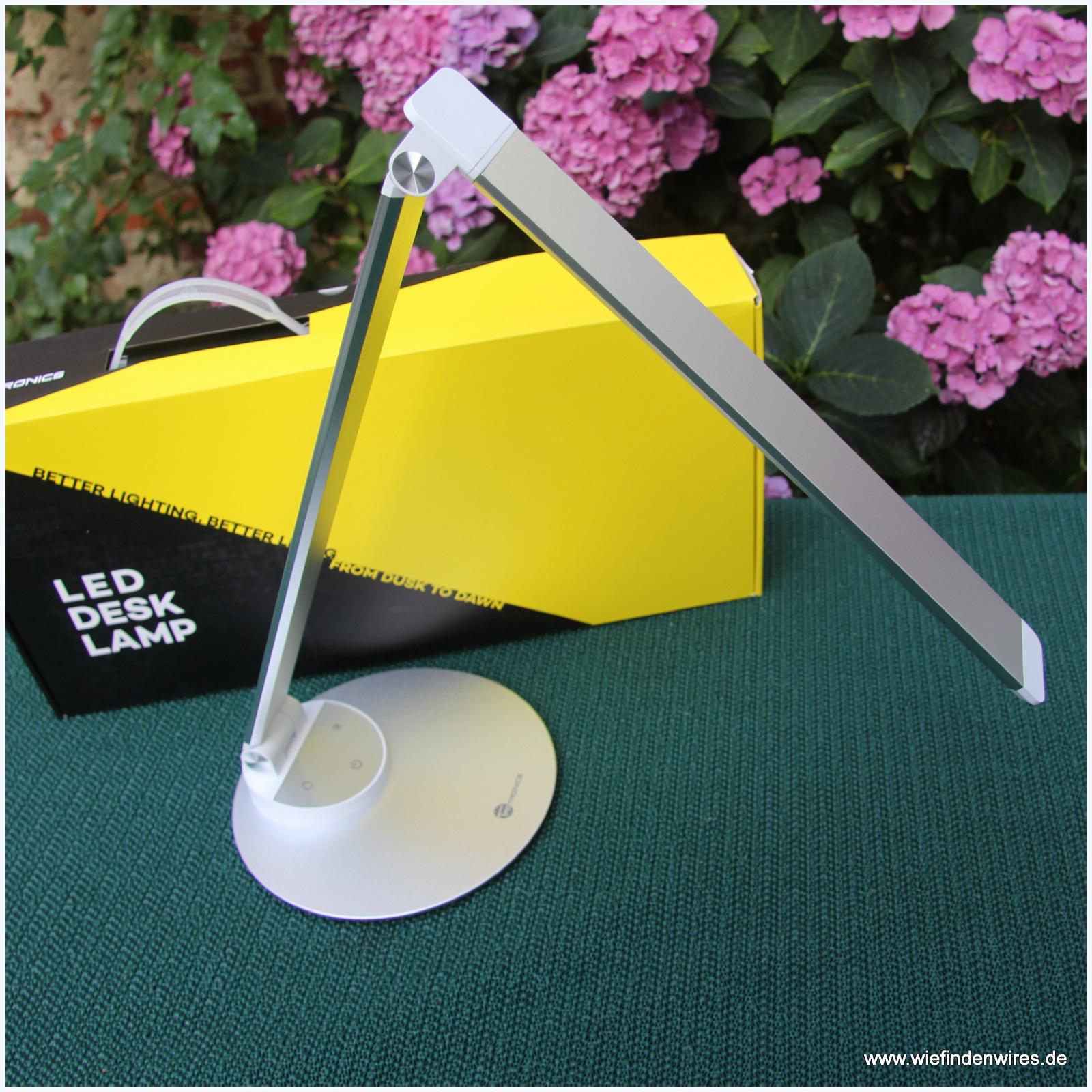 led schreibtischlampe taotronics tageslichtlampe im test. Black Bedroom Furniture Sets. Home Design Ideas