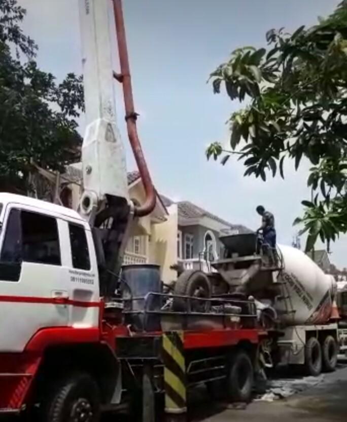 harga sewa pompa beton long boom dan standar