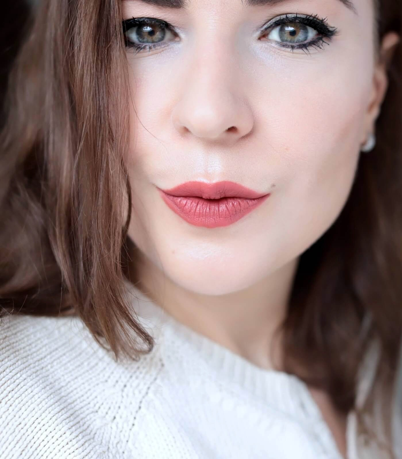 Pat McGrath Mattetrance Lipstick Flesh 5 040 test
