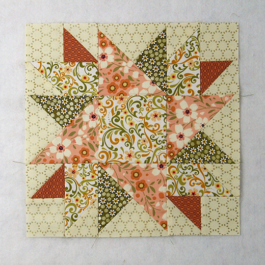 Traditional Sunflower Quilt Block designed by Elaine Huff of Fabric406